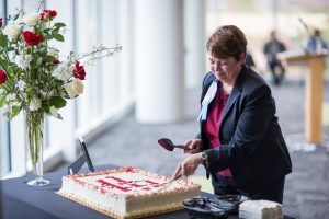 cutting the retirement cake