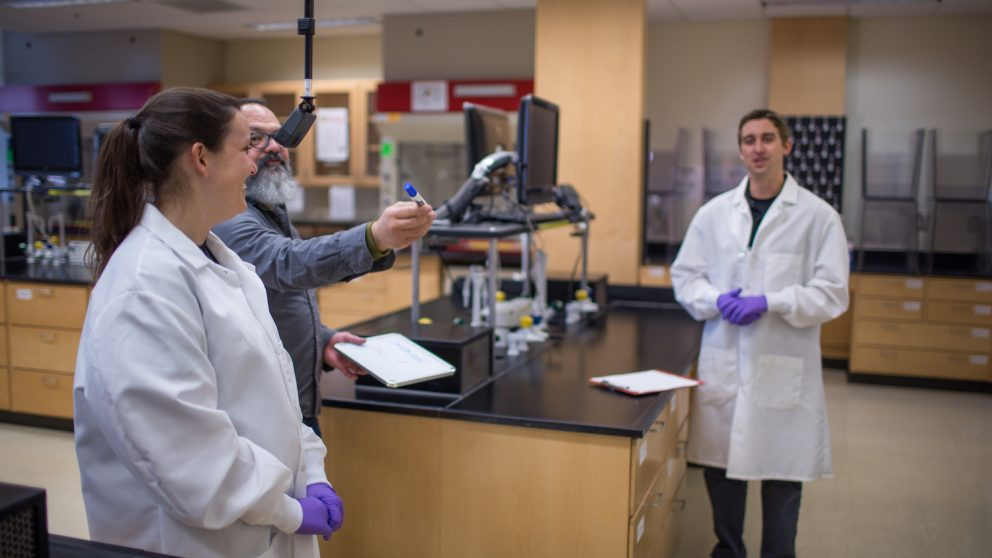 Behind the scenes of the production of Organic Chemistry VR labs.