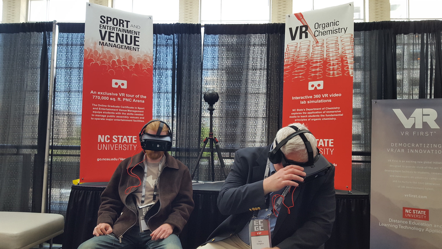 Photo of ECGC attendees with VR headset.