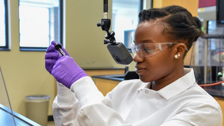 Teaching Assistant Lyniesha Wright during a test shoot of the organic chemistry virtual reality labs.