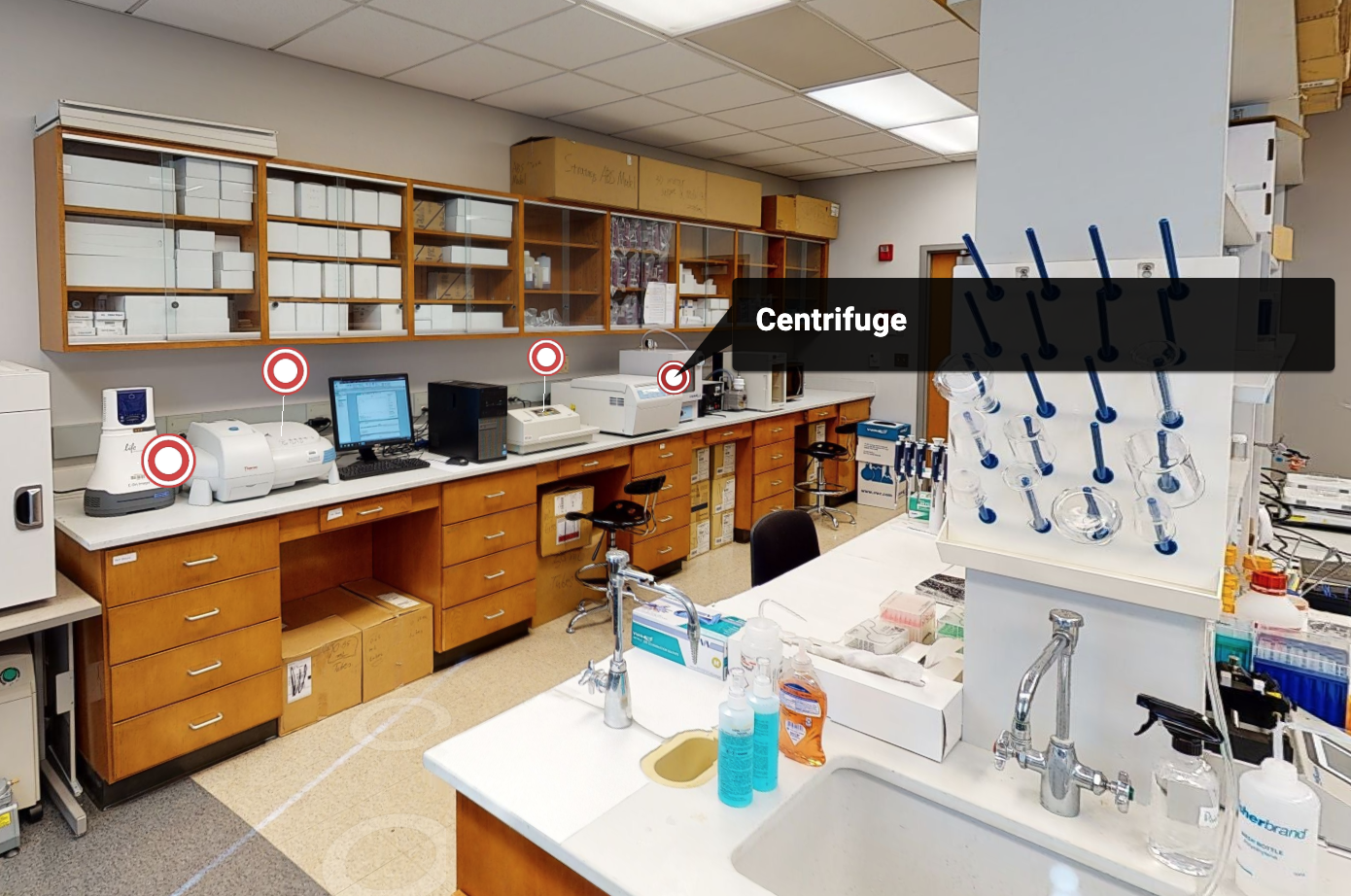 Screenshot of the Matterport tour featuring a labeled centrifuge.
